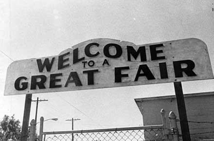 Welcome sign at the main entrance of the fair, 1979