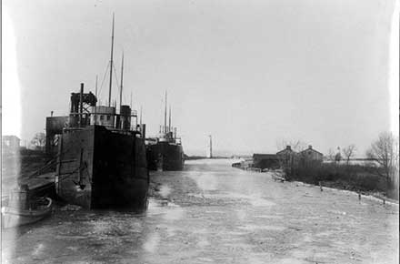 Lorain Harbor 1898