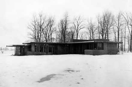 Frank Lloyd Wright's Weltzheimer-Johnson house in Oberlin, Ohio in 1951